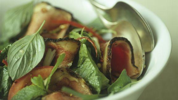 Rezept: Rindfleischsalat mit thailändischem Basilikum