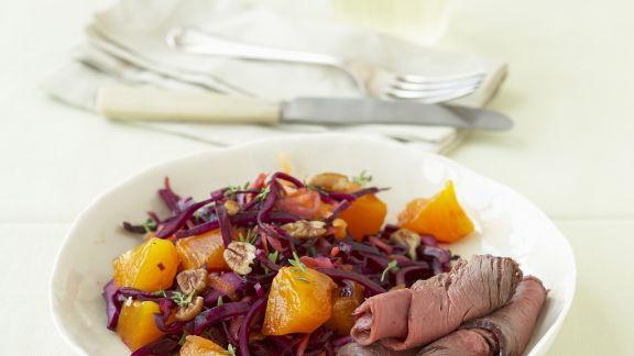 Rezept: Roastbeef mit Kaki-Rotkohl-Salat
