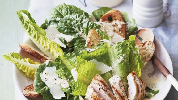 Rezept: Römersalat mit Hähnchenbrust