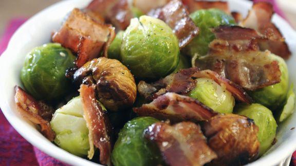 Rezept: Rosenkohl mit Bacon und Maronen