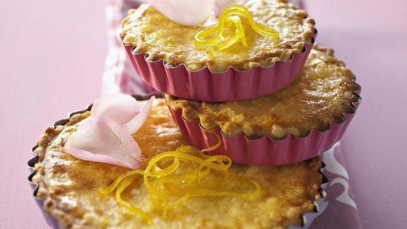 Rezept: Rosenkuchen mit Mandelmilch und Zitrone