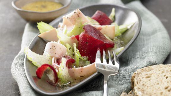 Rezept: Rote-Bete-Salat mit Putenbrust