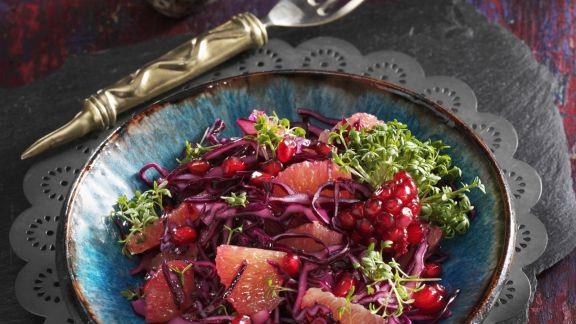 Rezept: Rotkrautsalat mit Granatapfelkernen