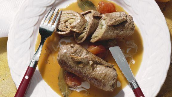 Rezept: Rouladen aus Rindfleisch mit Tomatensoße