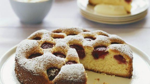 Rezept: Rührkuchen mit Erdbeeren