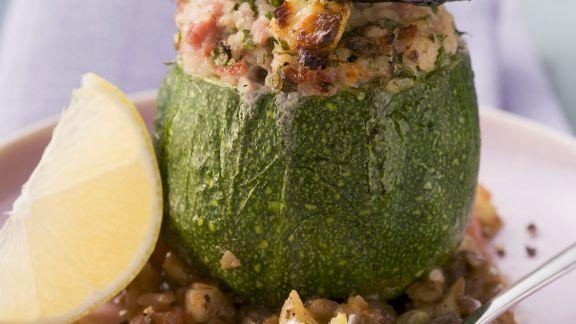 Rezept: Runde Zucchini gefüllt mit Hackfleisch und Bulgur