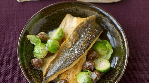 Rezept: Saibling mit Rosenkohl-Maroni-Gemüse