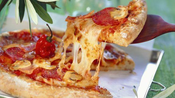 Rezept: Salami-Pizza