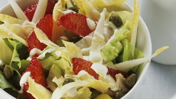 Rezept: Salat aus Chicorée, Endivien und Blutorangen