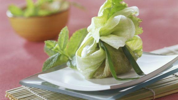 Rezept: Salat-Hackfleisch-Päckchen
