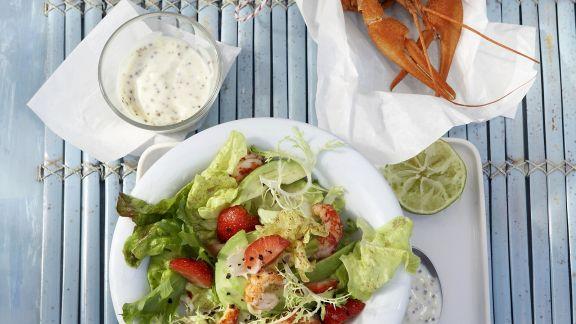 Rezept: Salat mit Avocado und Flusskrebsen