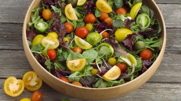 Rezept: Salat mit bunten Tomaten