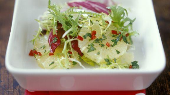 Rezept: Salat mit Chili und Zitrone