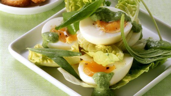 Rezept: Salat mit Ei und Frankfurter grüner Soße