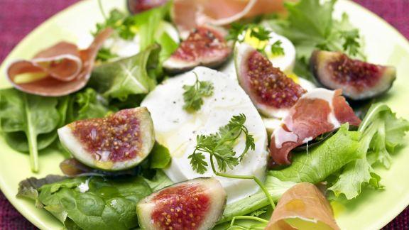 Rezept: Salat mit Feigen und Mozzarella