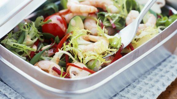 Rezept: Salat mit Garnelen und Avocado