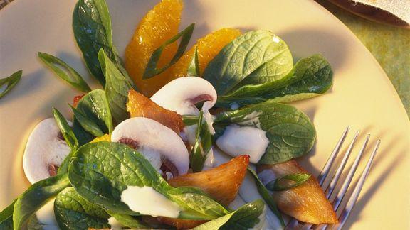 Rezept: Salat mit Hähnchen und Oragendressing