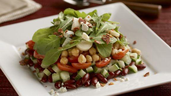Rezept: Salat mit Kichererbsen, Bohnen und Rucola