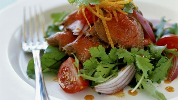 Rezept: Salat mit Roastbeef und Koriander