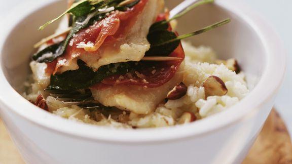 Rezept: Saltimbocca-Rotbarsch und Risotto mit Haselnüssen