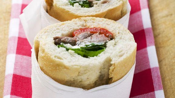 Rezept: Sandwich mit Füllung aus Schweinefleisch und Paprika