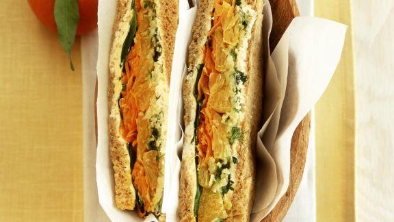 Rezept: Sandwich mit Gemüse und Mandarinen