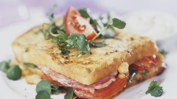 Rezept: Sandwich mit Schinken, Salat und Tomaten