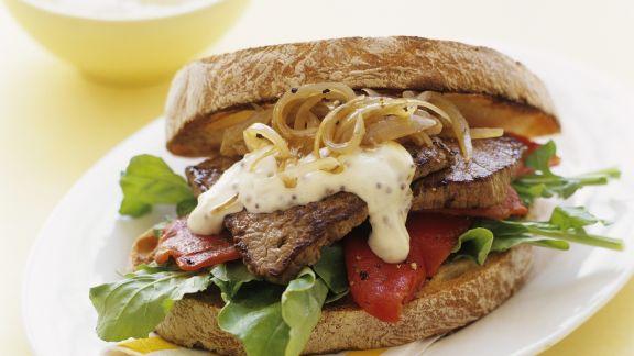 Rezept: Sandwich mit Steak und Senfcreme