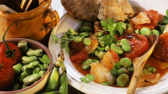 Rezept: Saubohnen-Tomaten-Gemüse