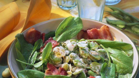 Rezept: Sauerampfersalat mit dicken Bohnen und Bacon