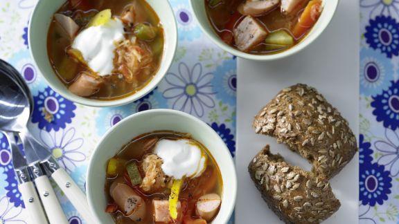 Rezept: Sauerkrautsuppe mit Kassler