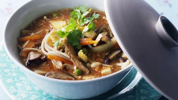 Rezept: Scharf-saure, asiatische Suppe
