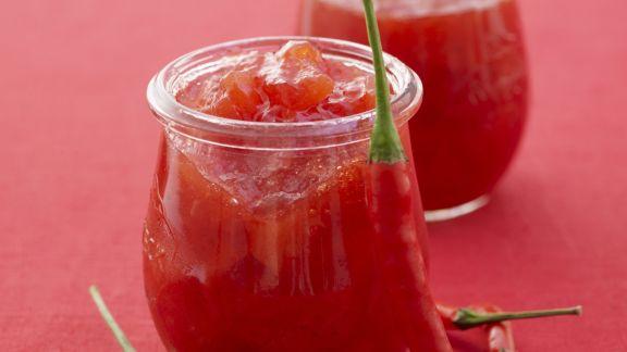 Rezept: Scharfe Erdbeerkonfitüre