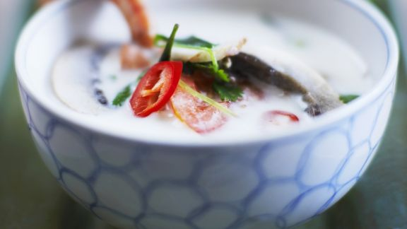 Rezept: Scharfe Kokos-Scampi-Suppe nach Thai-Art