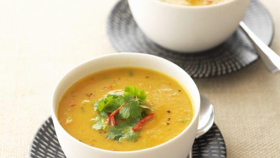Rezept: Scharfe Möhren-Ingwer-Suppe