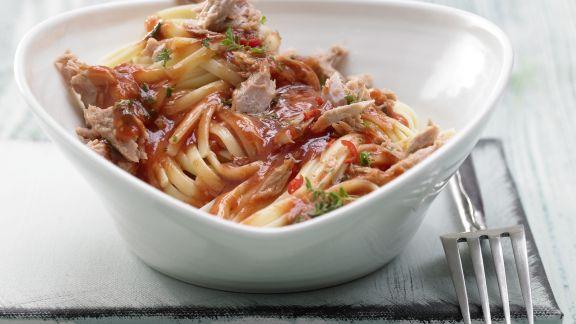 Rezept: Scharfe Tomaten-Thunfisch-Pasta