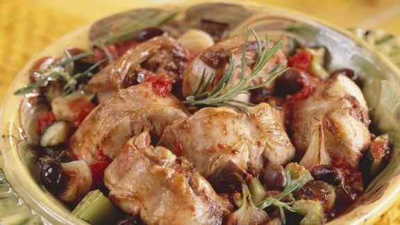 Rezept: Schmor-Kaninchen mit Oliven und Rosmarin