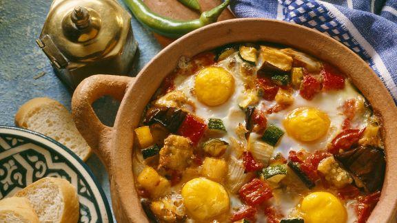 Rezept: Schmorgemüse mit Ei