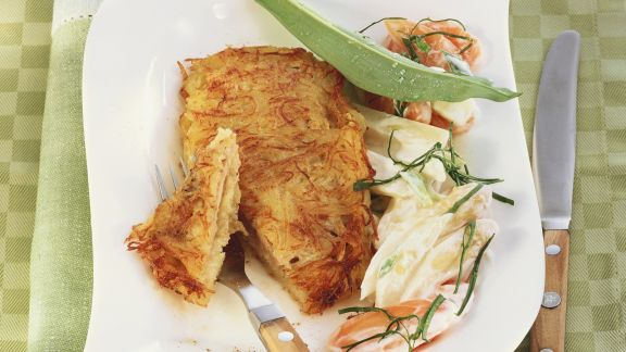 Rezept: Schnitzel in Kartoffelmantel mit frühlingshaftem Gemüse
