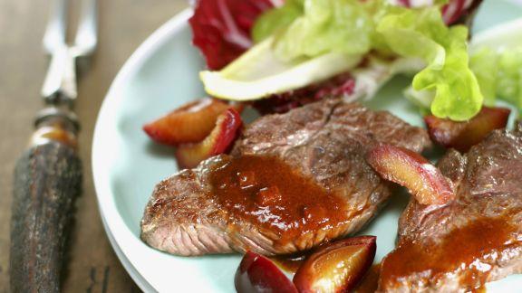 Rezept: Schnitzel vom Hirsch mit Pflaumensoße