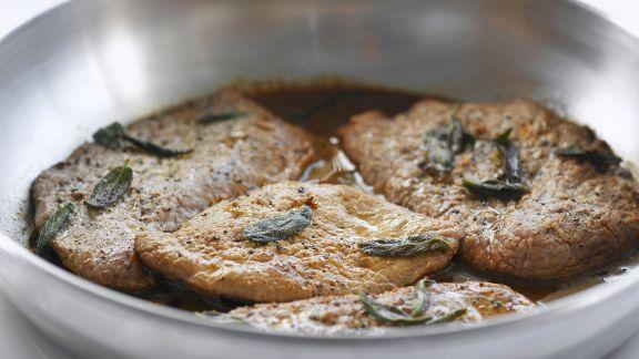 Rezept: Schnitzel vom Kalb mit Zitrone und Salbei