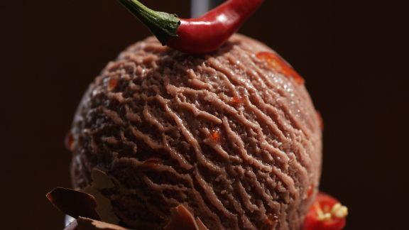 Rezept: Schoko-Chili-Eis