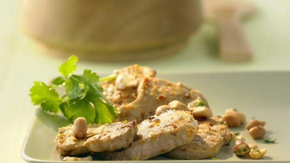 Rezept: Schweinefilet mit Gelbwurz-Erdnuss-Paste