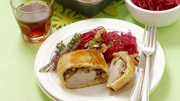 Rezept: Schweinefilet mit Pilzen in Teighülle