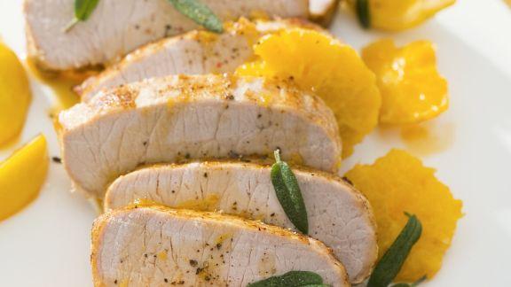 Rezept: Schweinefilet mit Zitrussoße und Salbei