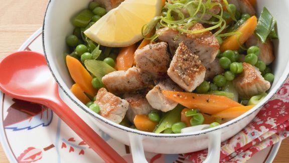 Rezept: Schweinegulasch mit Gemüse