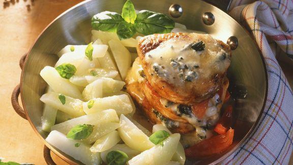Rezept: Schweinekoteletts mit Gorgonzola gratiniert dazu Kohlrabi
