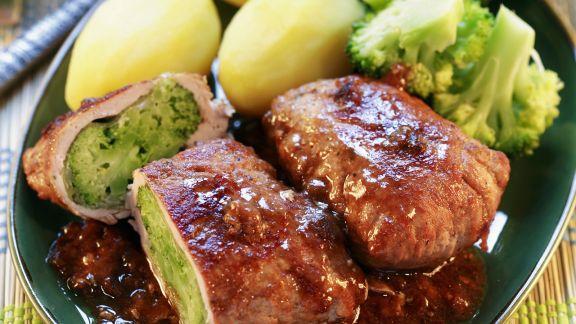 Rezept: Schweineschnitzel mit Brokkolifüllung