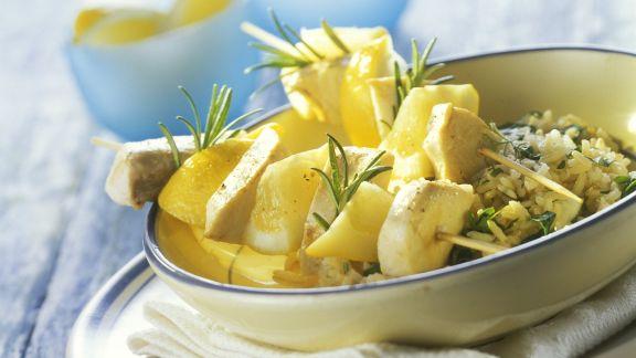 Rezept: Schwertfisch-Zitronen-Spieße mit Kräuterreis