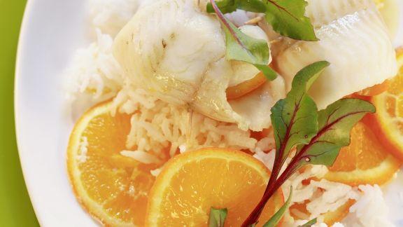 Rezept: Seezungenfilet mit Apfelsinen und Reis